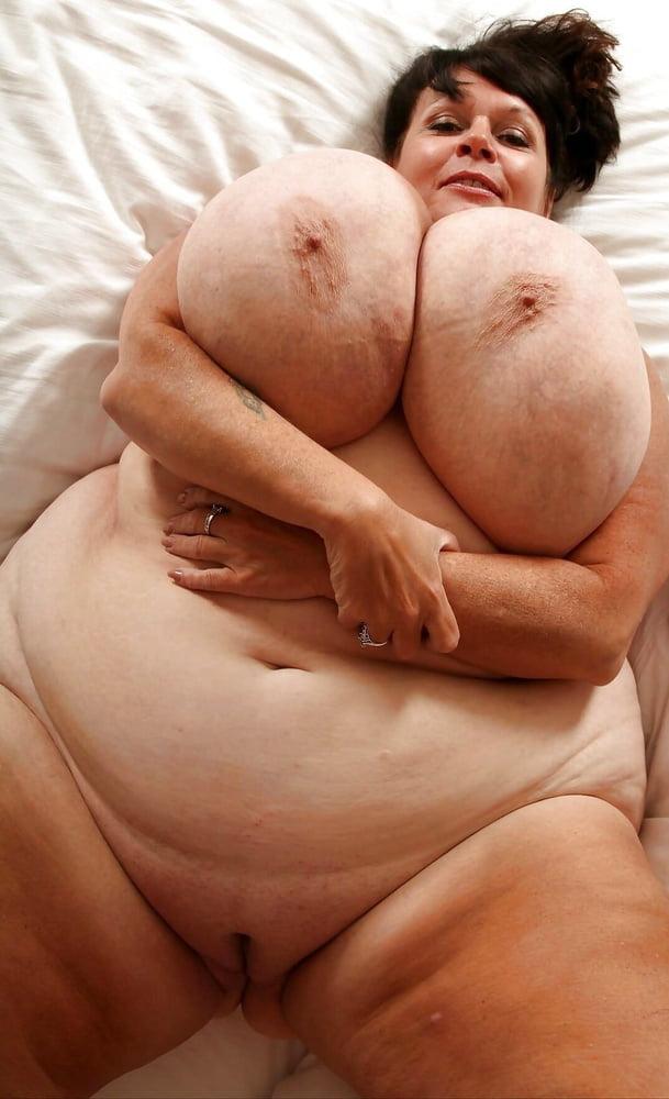 Big tit granny sex pictures