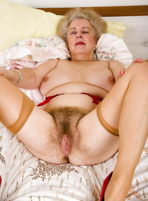 засовываю старые и сексуальные волосатые женщины могу нем, мгновенно