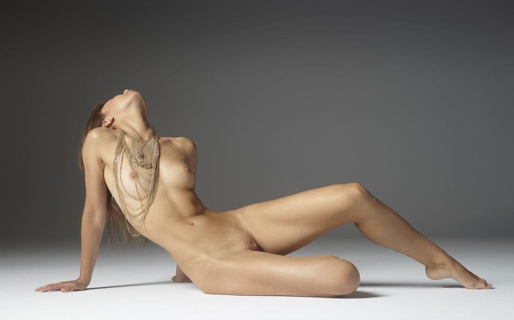 Nude pics of jill scott and gabrielle union in allure magazine