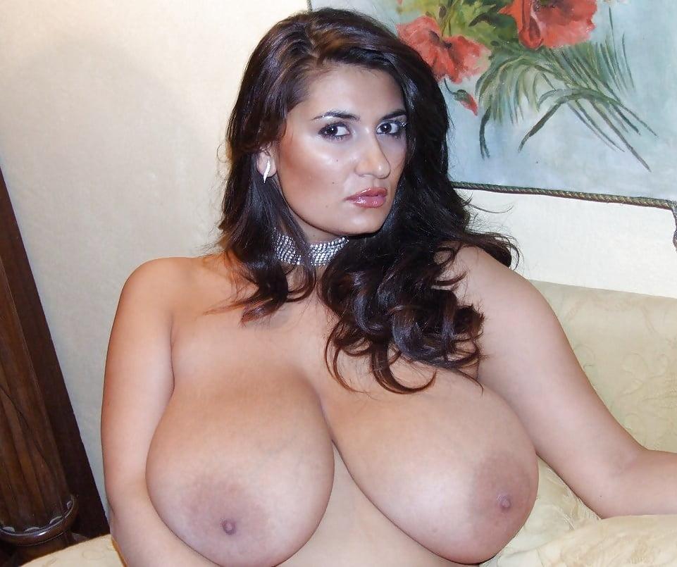 Free italian big tits hq porn pics