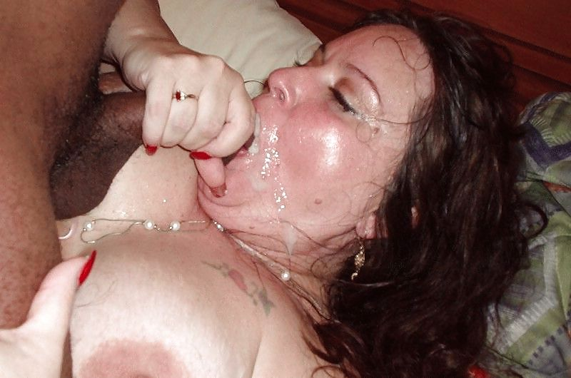 Толстушка устала пить сперму фото