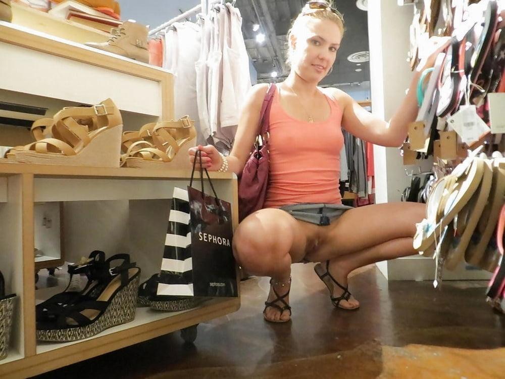 Смотреть порно девушка примеряла сапожка в магазине — pic 8
