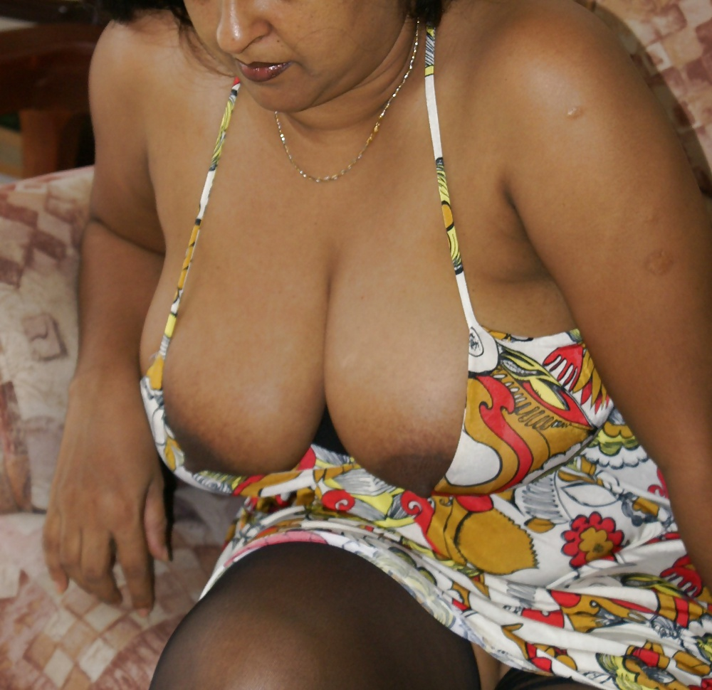 Indian female, shemale, hijra cd photo stories
