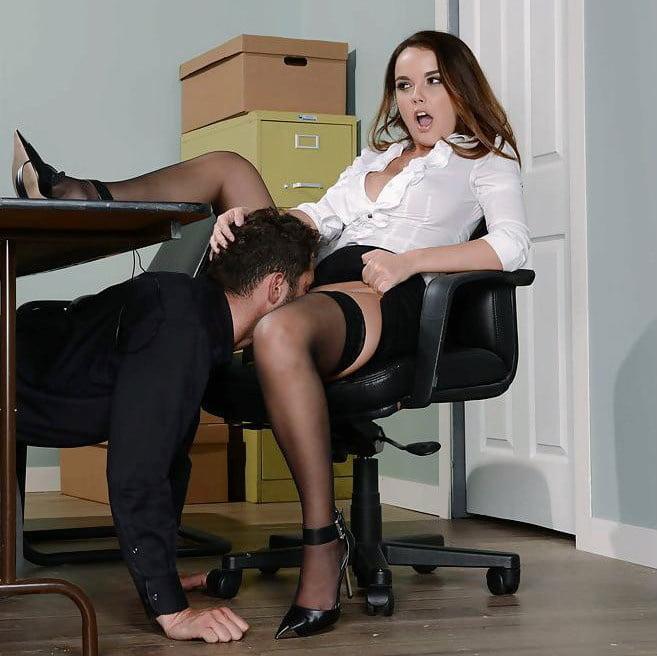 Подглядывание Под Юбки Порно Онлайн