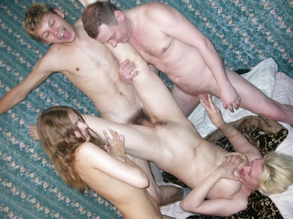 Бесп порно семья свингеров 4