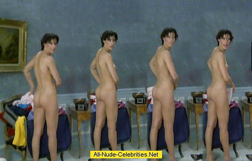 Sarah jessica parker young topless