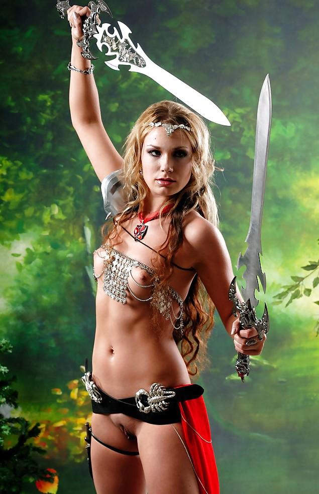 эротичные амазонки девушки фото командировки объявил