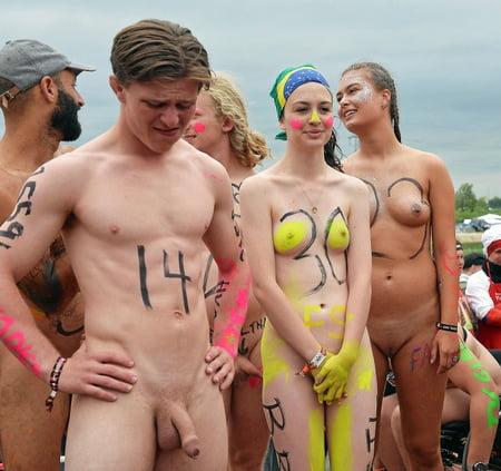 nude young girl usa