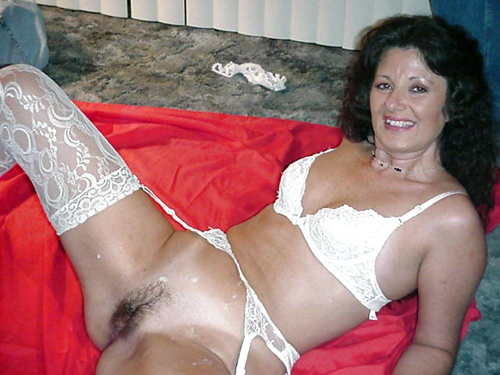 Порно фото зрелых волосатых в белье