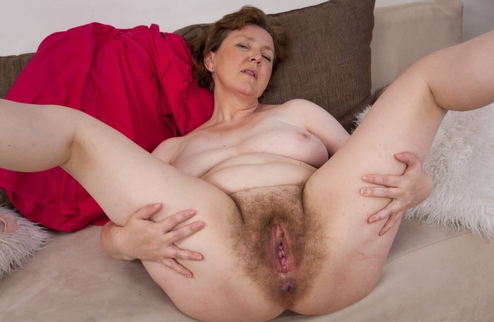 Naked Hairy Older Women FapVid 1
