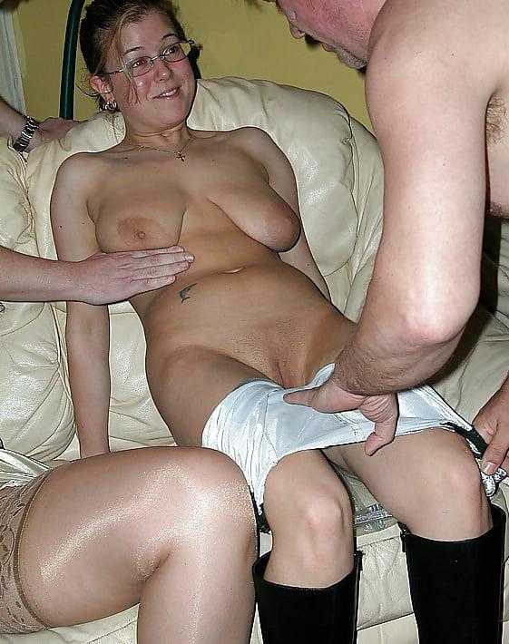 Скромная жена в порно — pic 9