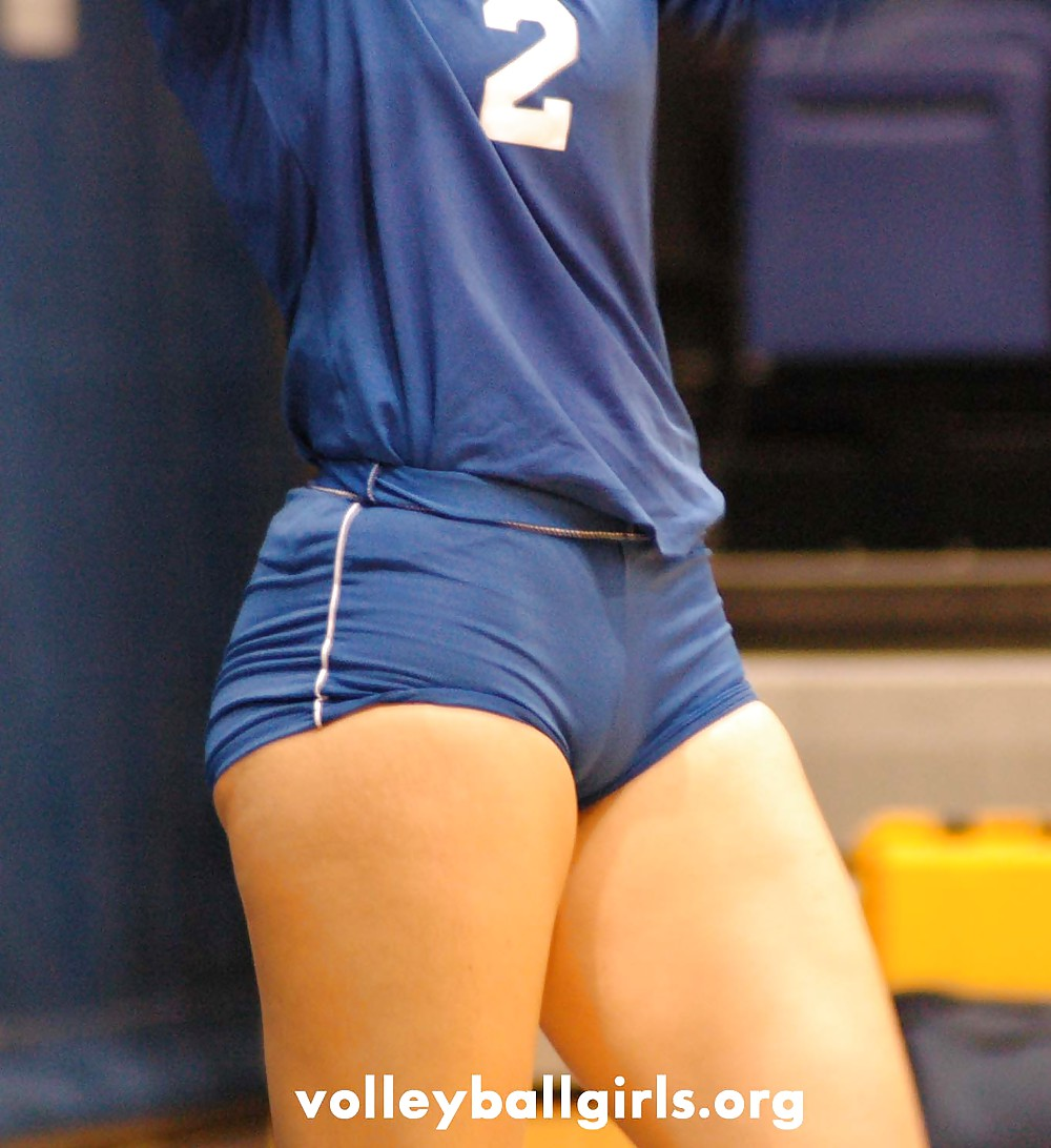 What underwear do you wear when you wear spandex while playing volleyball