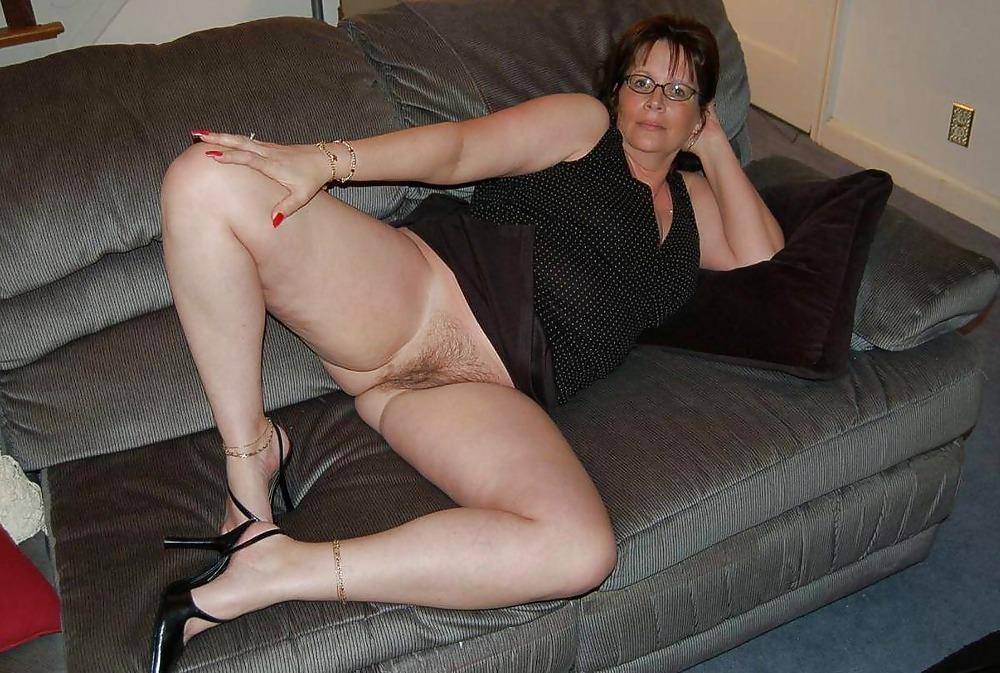 Adult hardcore nude woman