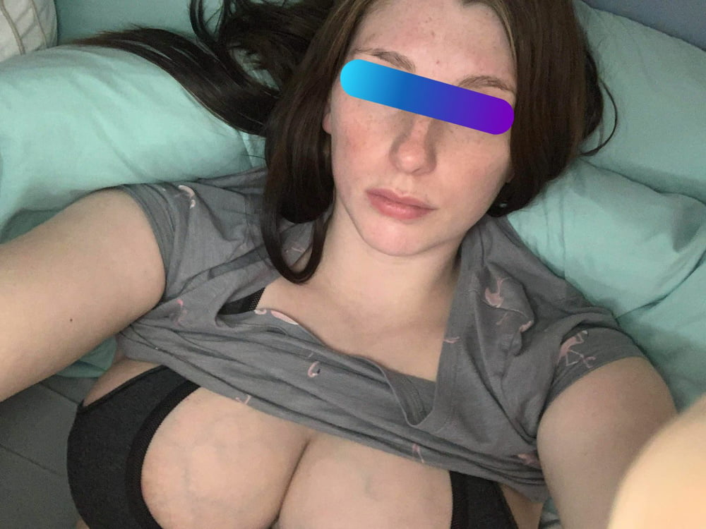 Another cuck gives me his wife - 11 Pics
