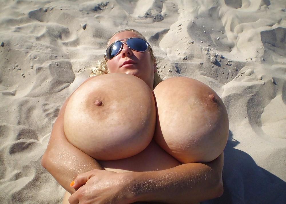 Невероятные сиськи смотреть онлайн, чисто русская порно жену с другом скрытая камера