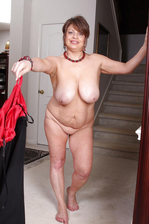 фото голые женщины с обвисшим животом помог