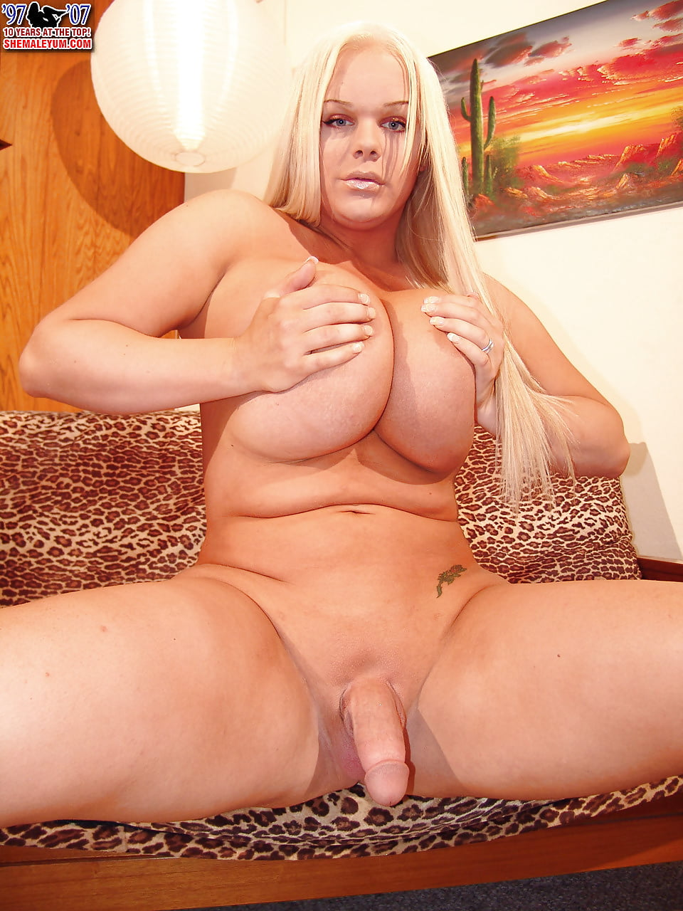 sweet strokers Holly shemale