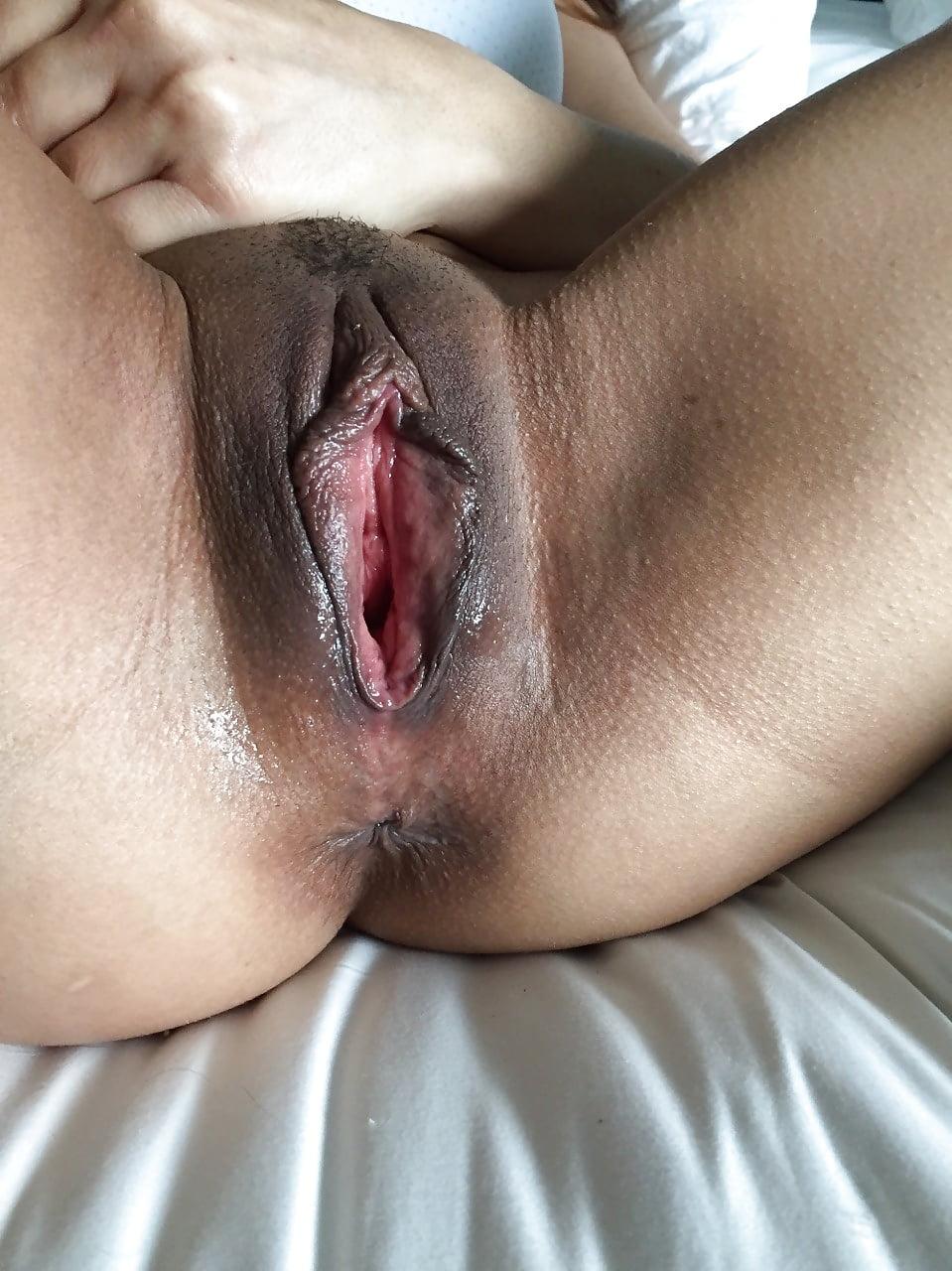 Horny girl masturbates pussy watching porn then