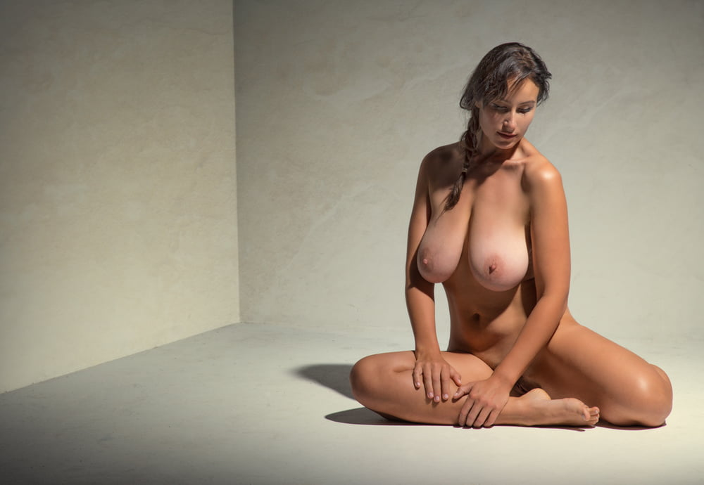 Art Nude Photographys