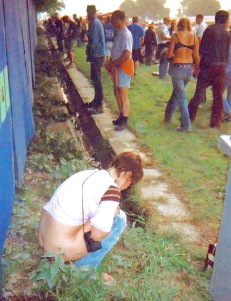 Festival pissing women pics