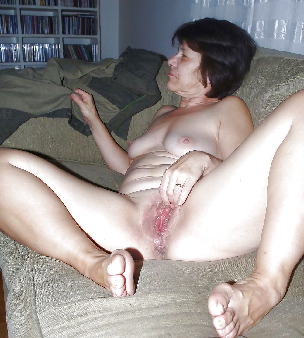 nude-wife-pussy-and-cock