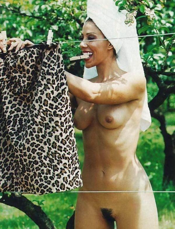 girls-angela-perez-naked-picture-masturbation