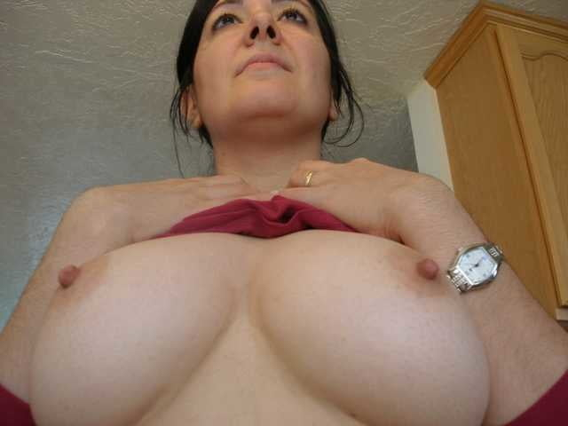 Curvy Big Tit MILF Toys Her Hungry Furry Cunt & Suck Cock - 47 Pics