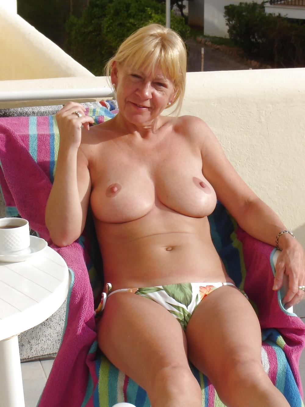 busty-old-ladies-naked