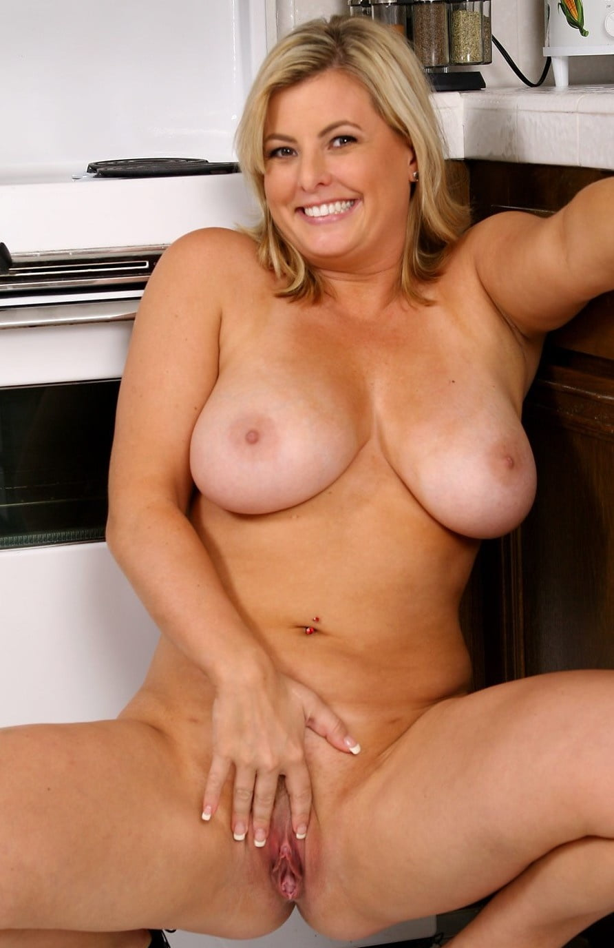 Real Cougar Moms Nude