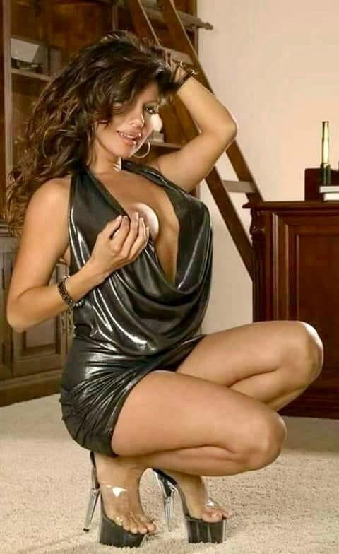 Sexy Women #209 - 100 Pics