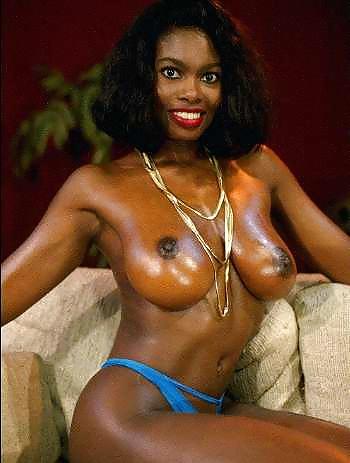 Renee Olstead Leaked Nude Private Photos