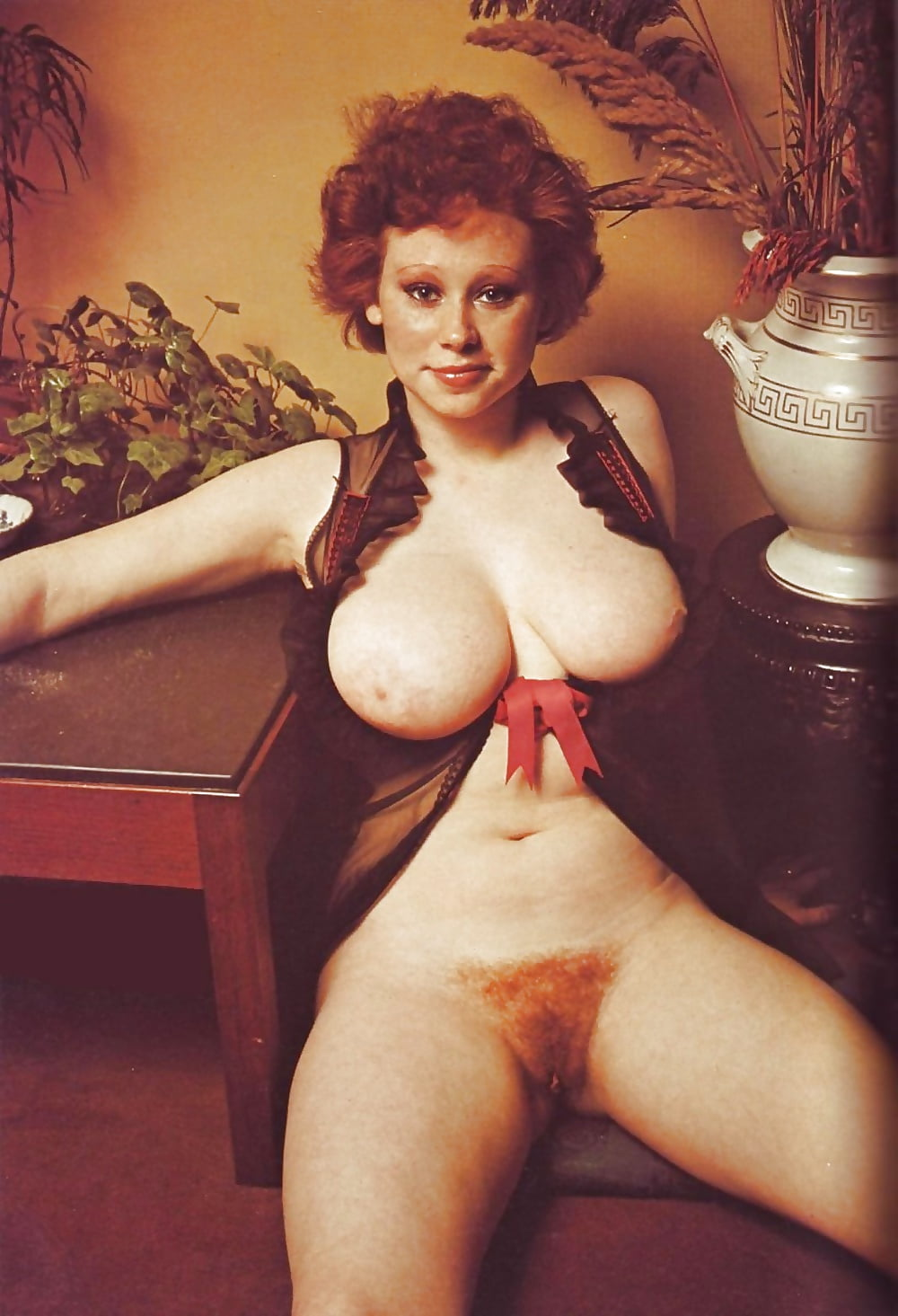 Classic mature pic gallery — pic 11