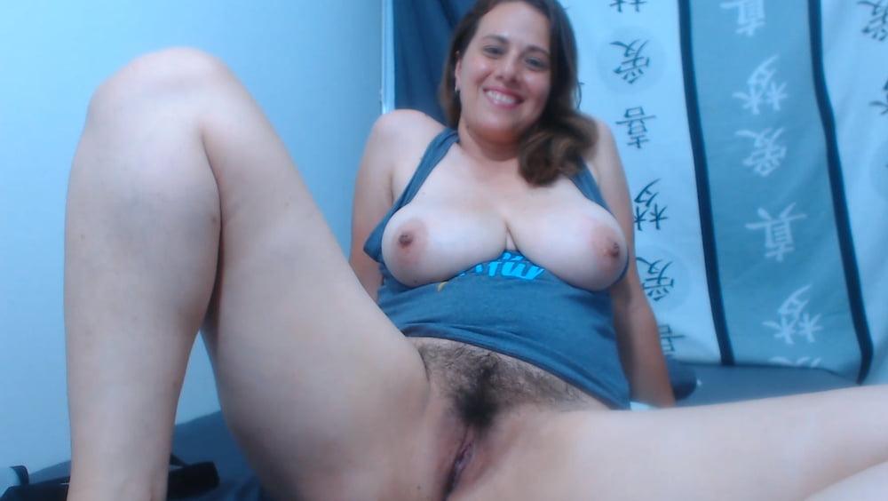 Busty lesbian webcam