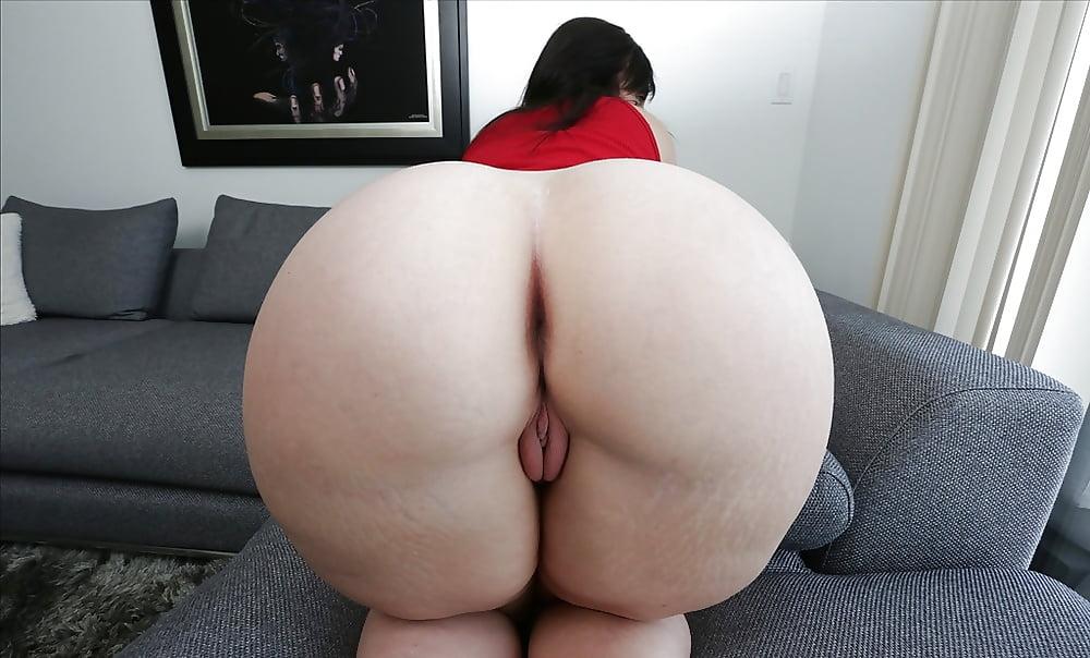 Порнография широкие жопы баб стоящие раком сосала кончил два