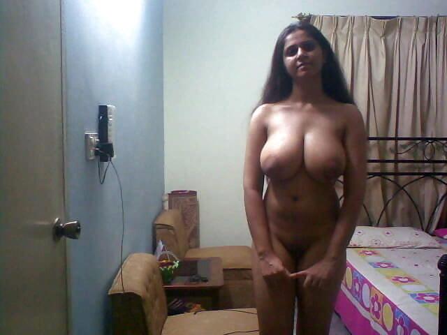 Aditi super sexy nude images