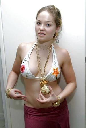 Oops bikini pussy
