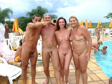 Ehepaare nackte Hübsches Paar