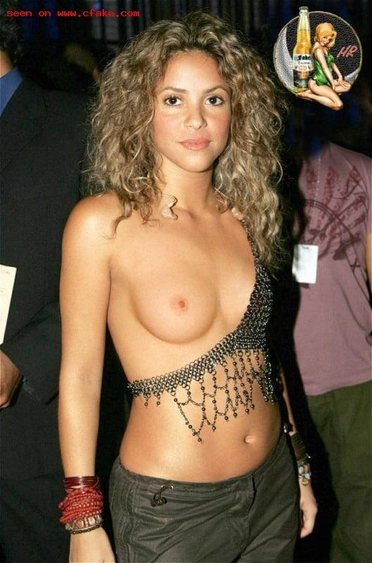Hot Shakira Hot Nude Photos HD