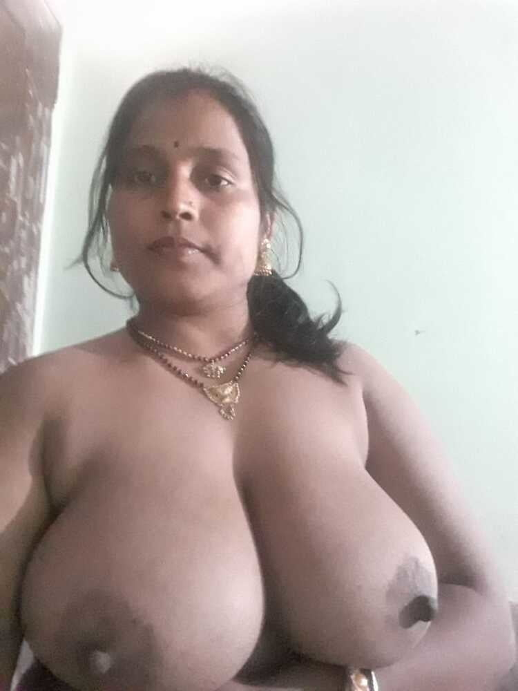 Big boobs foto