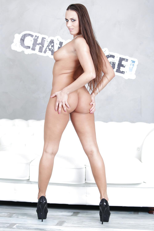 Mature curvy naked pics