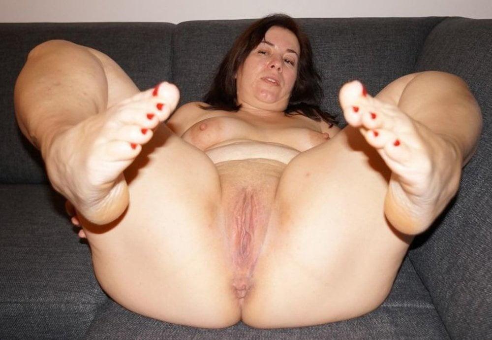 Sexy latina plump soles porn photo