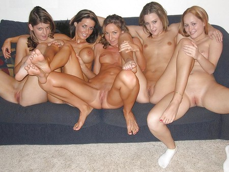 Naked Friends!