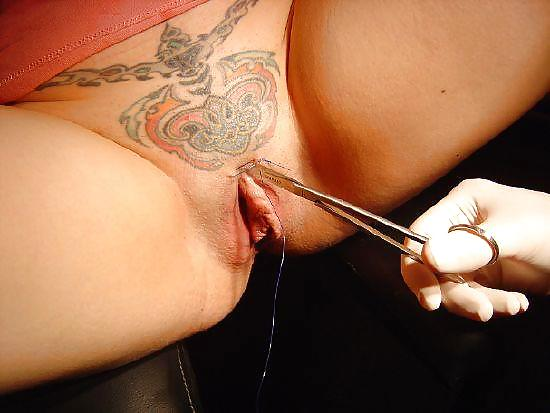Tattoo trimmed pussy free porn photo