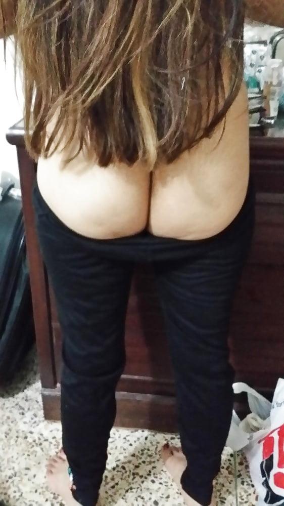 Puri nangi aunty