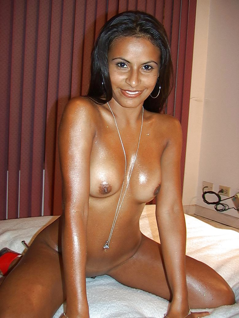 Colombian hot nude girls