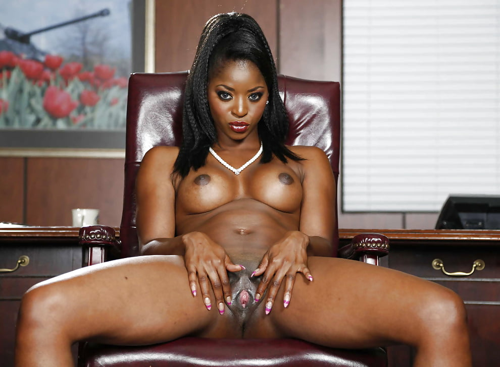 Mom ebony pornstar royalty solo vids