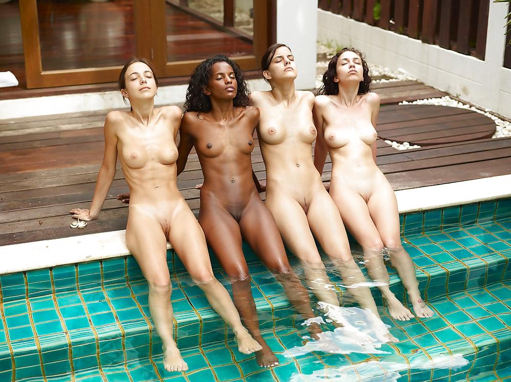 даже групповое купание голышом видео работали швейных