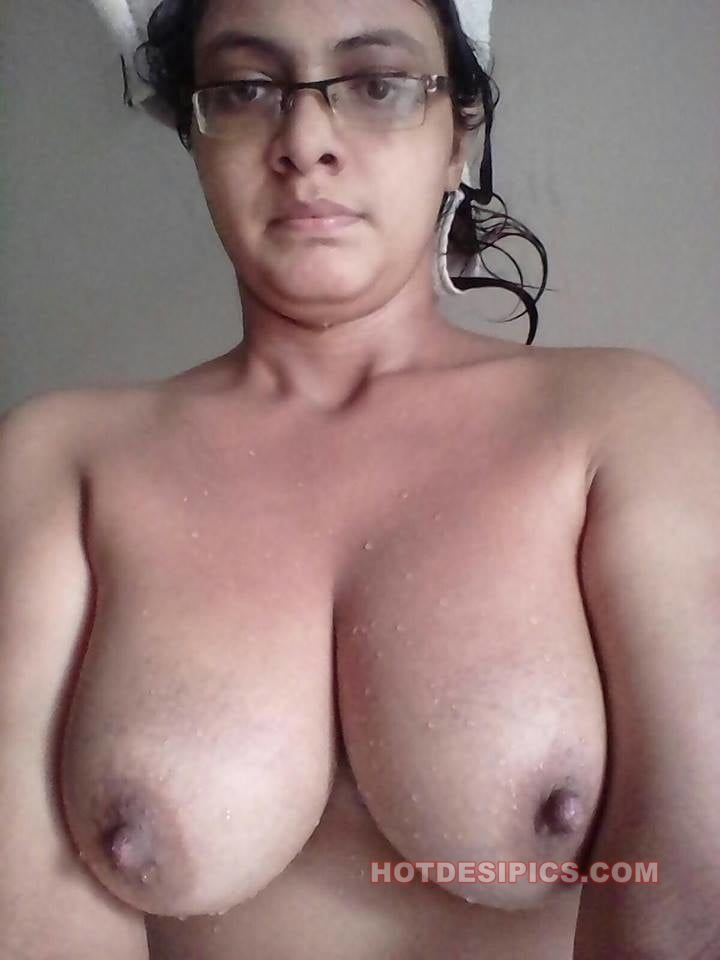 Topless Tamil Boobs Nude Pictures