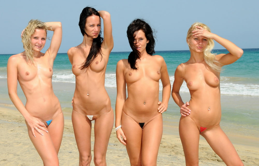 Bikini pics with old pussy in xxx action