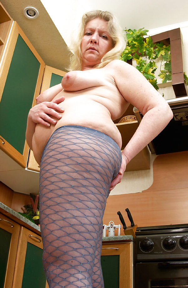 Mature tits mom-6497